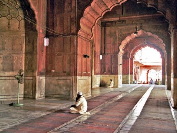 Delhi photos, Jama Masjid - Inside view