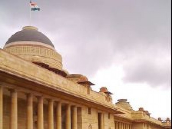 Delhi photos, Rashtrapati Bhavan - A Side view