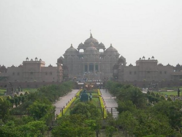 Delhi photos, Swaminarayan Akshardham Temple - distant view