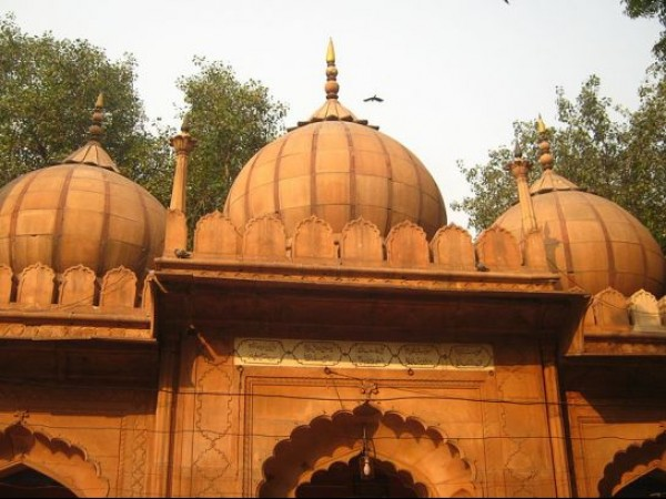 Delhi photos, Sunehri Masjid  - Red Sandstone