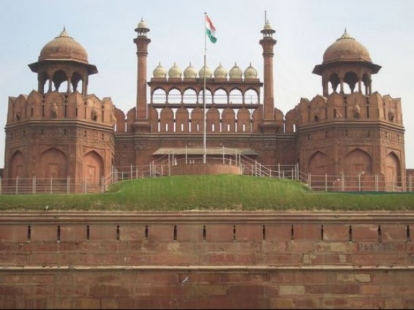 Delhi photos, Red Fort - Front View