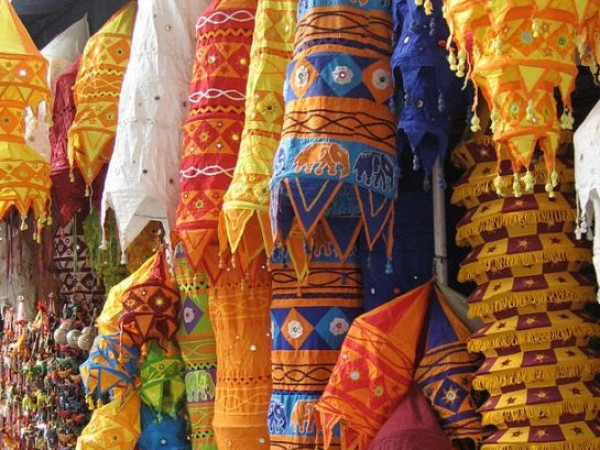 Delhi photos, Shopping in Delhi - Handcrafted Hangings