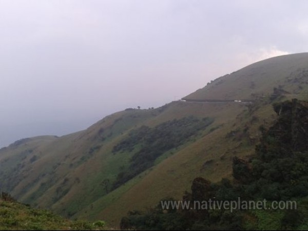 Chikmagalur photos, Mullayanagiri Range - Sliced by A Boulevard