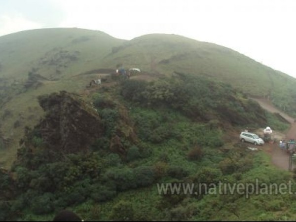 Chikmagalur photos, Mullayanagiri Range - Dotted with Tourists' Vehicles