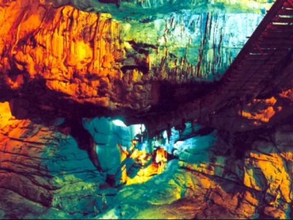 Araku Valley photos, Borra caves - Lit Borra Caves