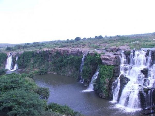 Nagarjuna Sagar photos, Ethipothala Waterfalls - Beautifull Waterfall