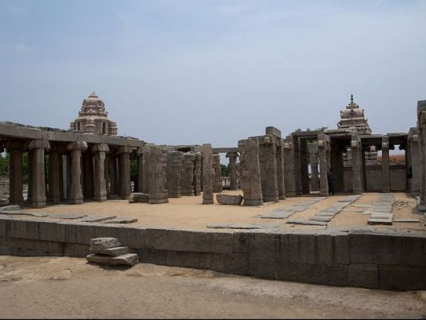 Lepakshi photos, Veerabhadra temple - Incomplete wedding hall