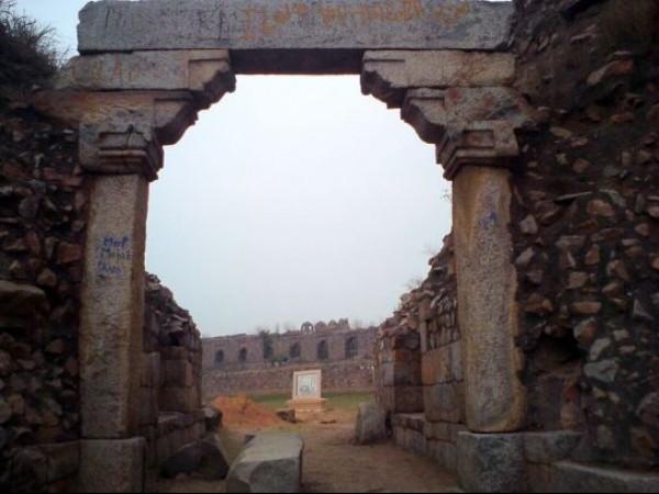 Adilabad photos, Adilabad fort - Archway at the entrance