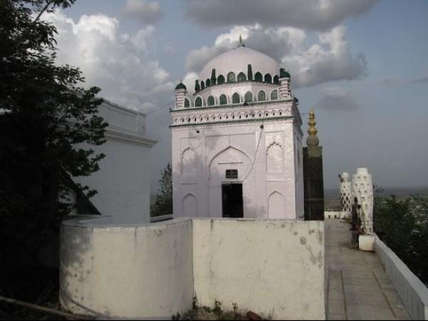 Nalgonda photos, Lateef Sheb Darga - Structure of Lateef Sheb Darga
