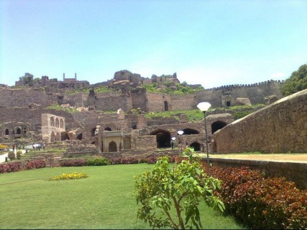 Hyderabad photos, Golconda Fort - Ruins of the fort