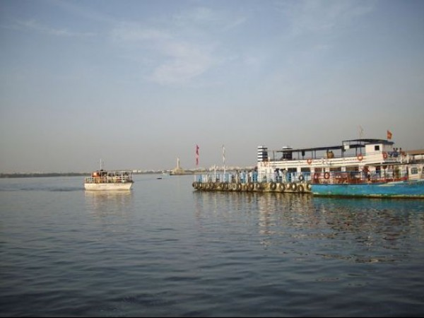 Hyderabad photos, Hussain sagar Lake - Boat riding