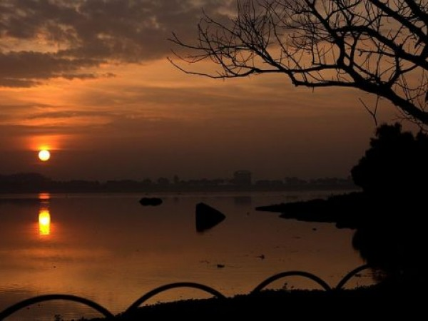 Hyderabad photos, Hussain sagar Lake - Tranquil