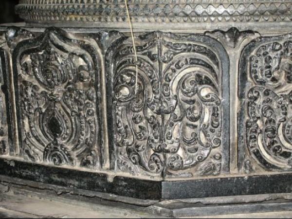 Warangal photos, Thousand Pillared temple - Carved Pillars