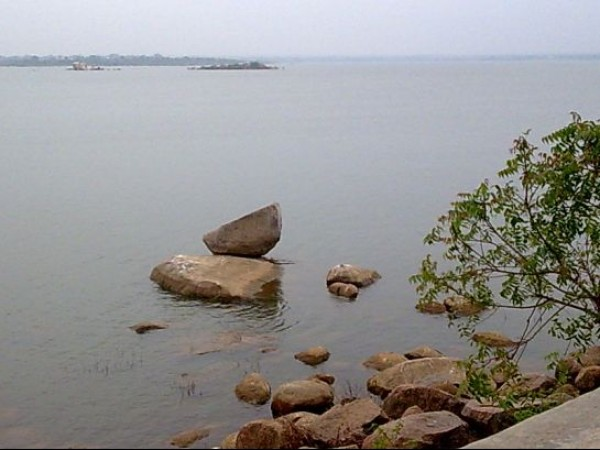 Hyderabad photos, Osman Sagar Lake - Beautiful view