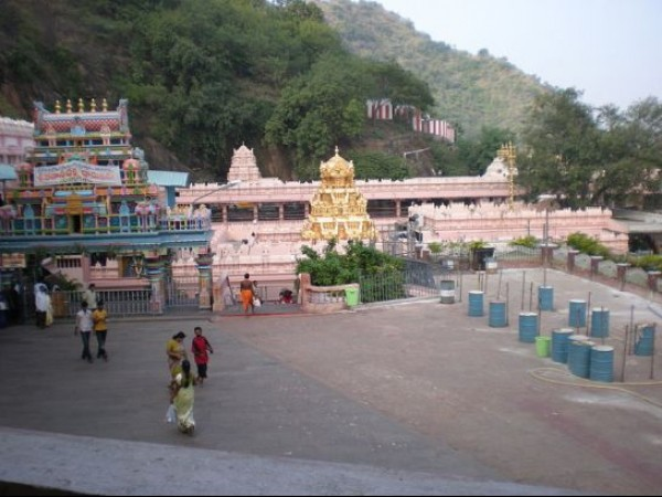 Vijayawada photos, Kanaka Durga Temple - Temple Premises