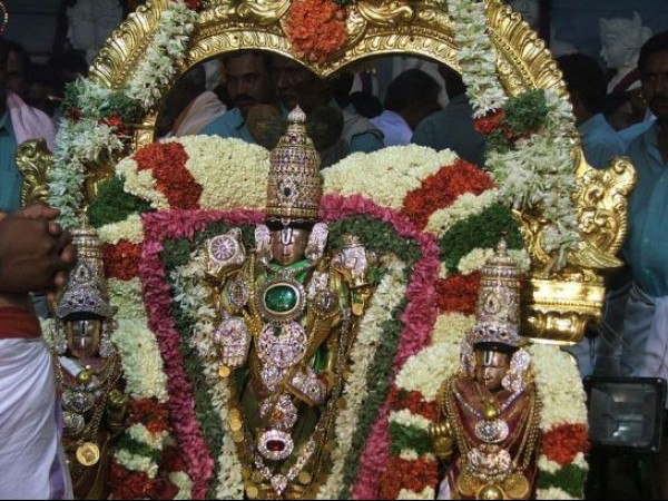 Tirupati photos, Tirumala Venkateswara Temple - Malayappa