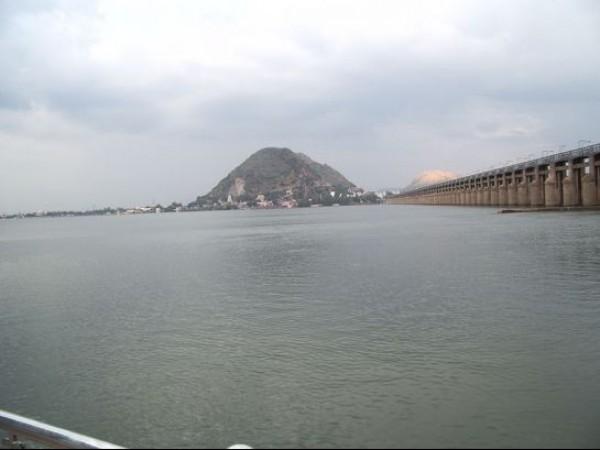 Vijayawada photos, Prakasam Barrage - Reservoir