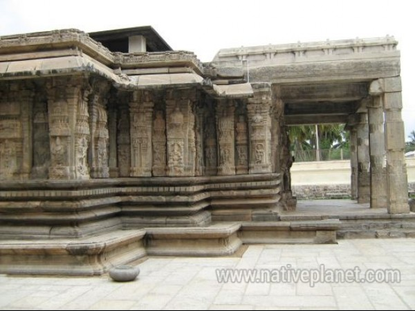Talakadu photos, Vaidyanatheshwara Temple - Side view