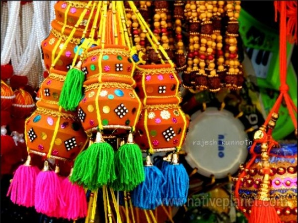 Kollur photos, Kollur - Colourful small pots