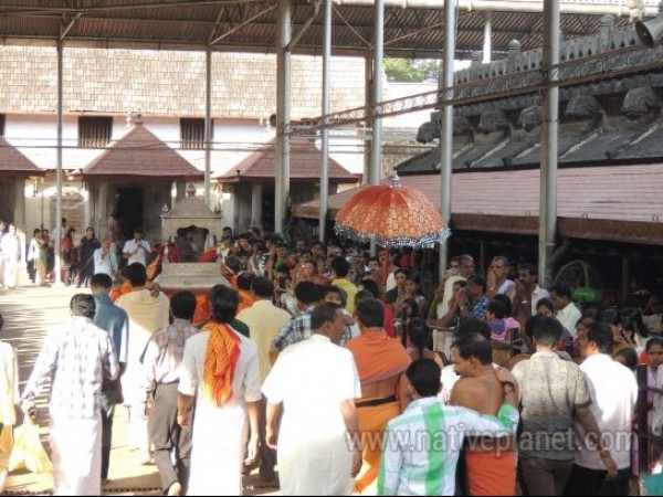 Kollur photos, Mookambika Temple - People in the temple