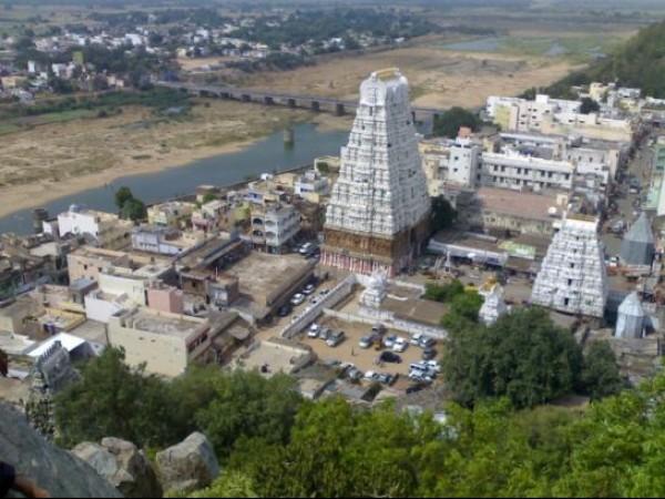 Kalahasti photos, Kalahasti Temple - An aerial view
