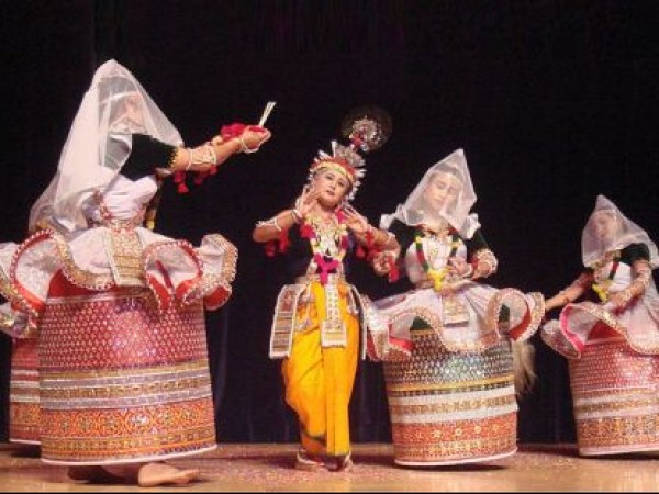Imphal photos, Rasa lila - Manipuri Dance
