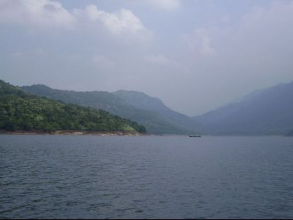Ambasamudram photos, Papanasam dam - View Of The Papanasam Reservoir
