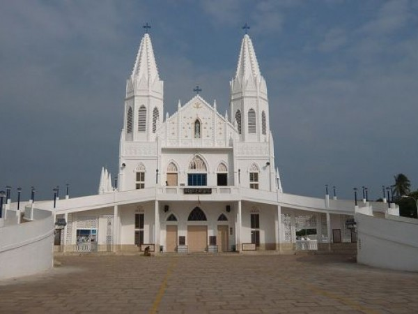 Velankanni photos, Velankanni Church - A view of the church