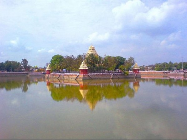 Madurai photos, Vandiyur Mariamman Teppakulam - Temple Pond