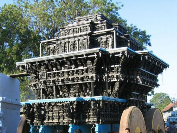 Suchindram photos, Thanumalayan temple - Temple chair car