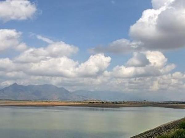 Madurai photos, Vaigai dam - Daylight