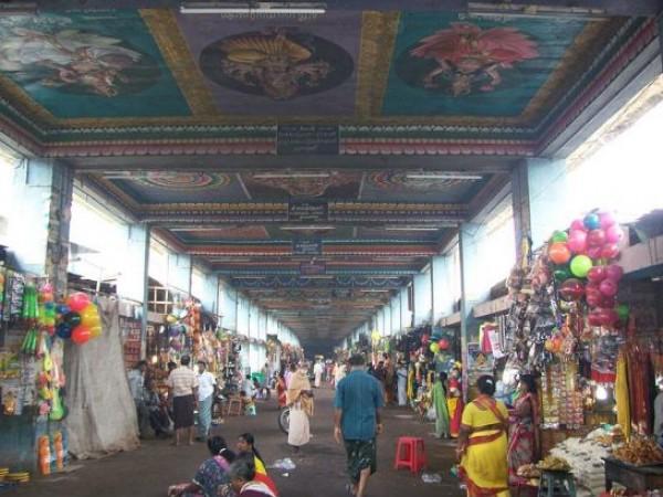 Srirangam photos, Samayapuram Maraiamman Temple - Corridor
