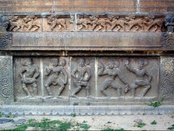 Chidambaram photos, Thillai Natarajar temple - Idols in dancing postures
