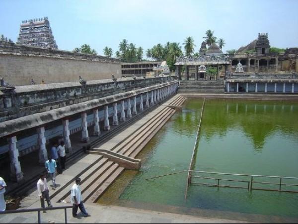 Chidambaram photos, Thillai Natarajar temple - A view of the temple tank