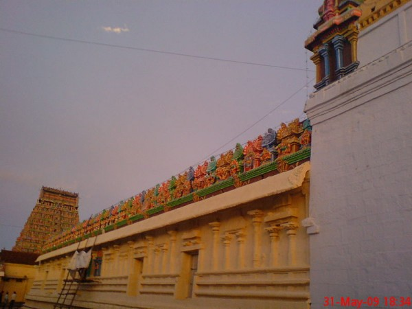 Kumbakonam photos, Adi Kumbeswarar Temple - A side view