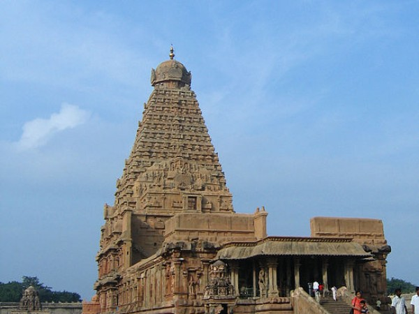 Thanjavur photos, Brihadeshwara temple - Temple And Its Surroundings