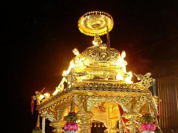 Tirunelveli photos, Nellaiappar Temple -Golden car