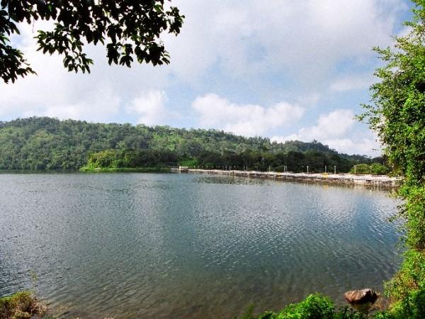Valparai photos, Sholayar - Sholayar Dam