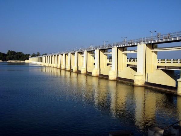 Trichy photos, Mukkombu Dam - A spectacular view