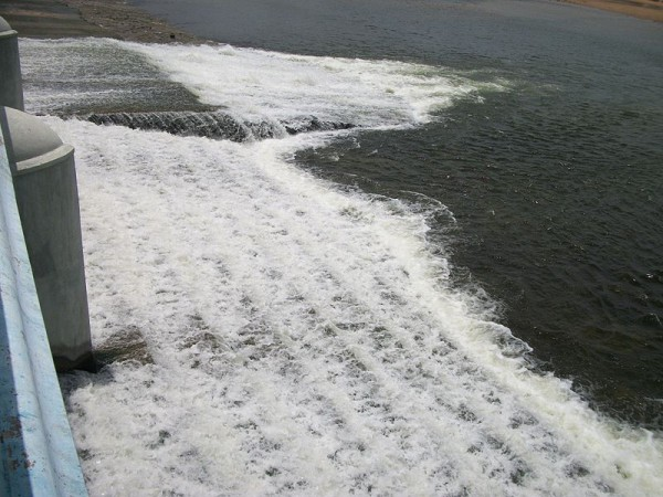 Trichy photos, Kallanai Dam - Gushing waters