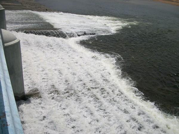 Trichy photos, Kallanai Dam - Gushing waters