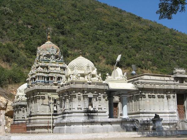 Coimbatore photos, Marudhamalai - Imposing structure