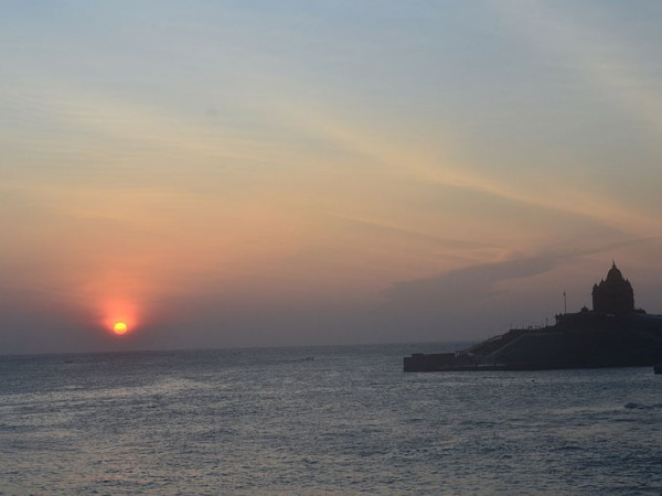 Kanyakumari photos, Vivekananda Rock - Memorial During Sunrise