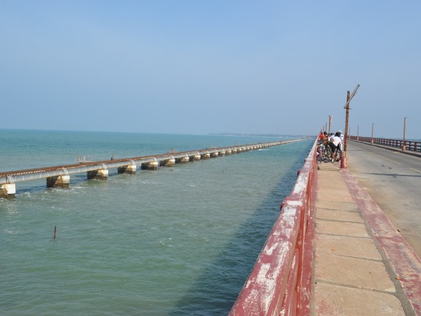 Rameshwaram photos, Pamban Bridge - A Side View