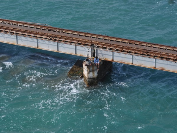 Rameshwaram photos, Pamban Bridge - Clear Waters