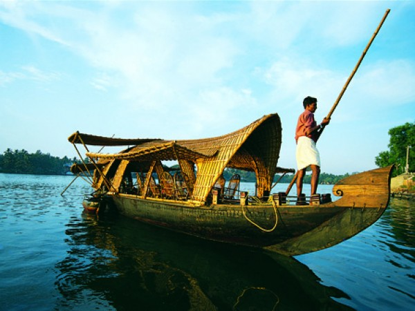 Kollam photos, Ashtamudi Backwaters - A Houseboat