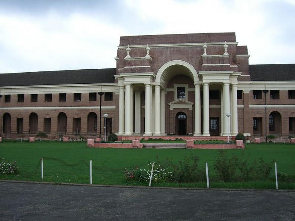 Dehradun photos, Forest Research Institute - Front view