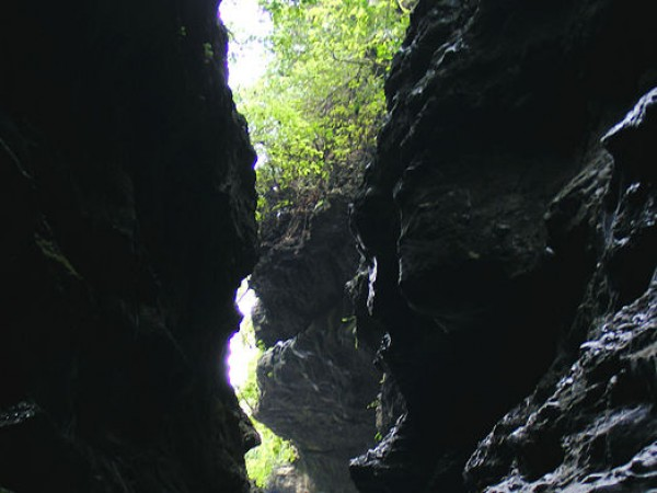 Dehradun photos, Robber's Cave - Cave