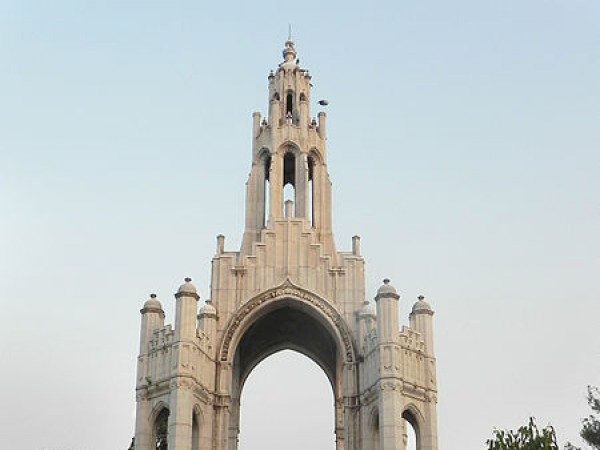 Allahabad photos, Alfred Park - Towering structure