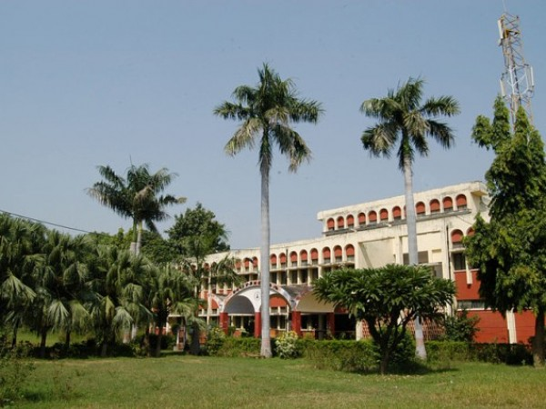 Allahabad photos, Allahabad University - Renowned Allahabad University